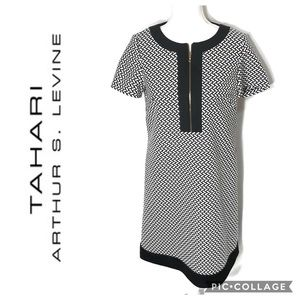 Tahari Printed Shift Dress Sz 4